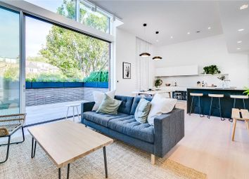 Thumbnail Property to rent in Corsica Street, London