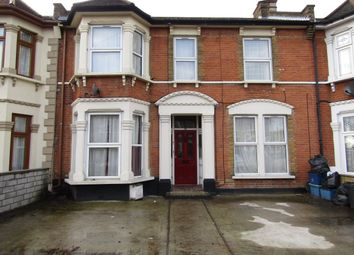 1 bed flat to rent in Richmond Road, Ilford IG1
