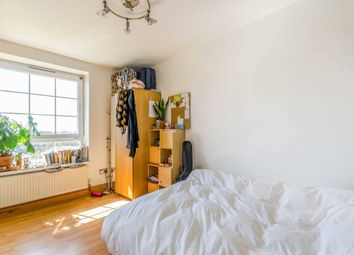 Thumbnail 2 bed flat to rent in Barnsbury, London