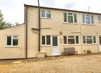 Thumbnail 1 bed flat to rent in Thame Road, Chinnor