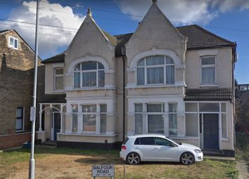 Thumbnail Studio to rent in Balfour Rd, Ilford