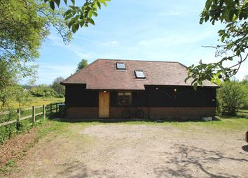 Thumbnail 2 bed barn conversion to rent in Leighton Buzzard Road, Piccotts End, Hemel Hempstead