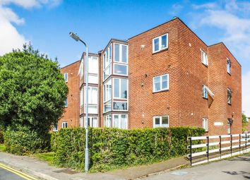 Thumbnail 2 bed flat for sale in Eversley Lodge, Park View, Hoddesdon