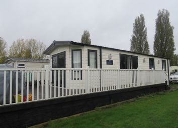 Thumbnail 2 bedroom mobile/park home for sale in Crow Lane, Little Billing, Northampton