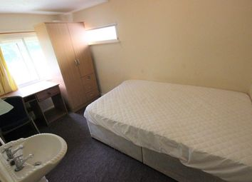 Thumbnail Room to rent in Saunders Hill, Brighton