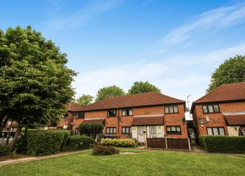 Thumbnail 1 bed flat for sale in Bridlington Road, London