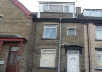 Thumbnail 3 bed terraced house to rent in New Hey Road, East Bowling