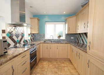 2 bed terraced house to rent in Courtenay Road, Woking GU21