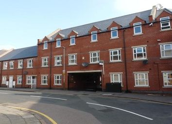 2 bed flat to rent in Tudor Road, Leicester LE3