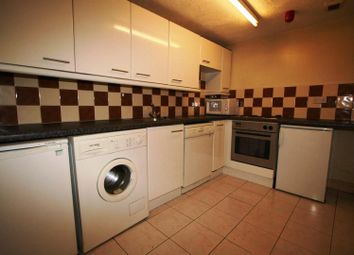 Thumbnail 1 bed property to rent in Flat 1, 223 Hyde Park Road, Hyde Park