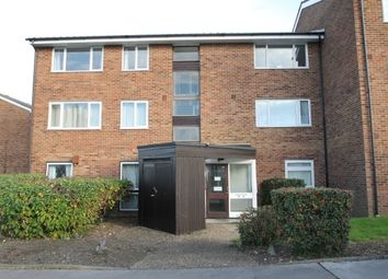 Thumbnail 2 bed flat to rent in Glendower Crescent, Orpington