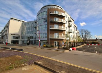 2 bed flat to rent in Austen House, Station View, Guildford, Surrey GU1