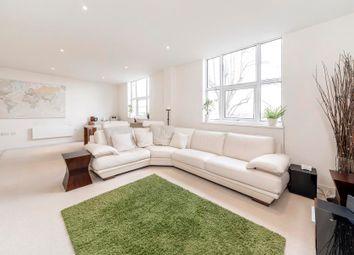 2 bed flat for sale in Bromyard Avenue, London W3