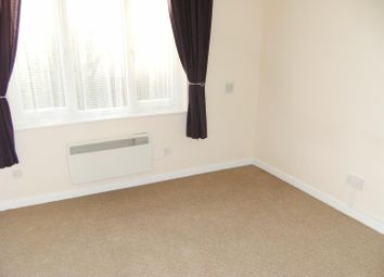 Thumbnail 1 bed flat to rent in Parklands Court, Park Road, Southampton