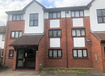 Thumbnail 1 bedroom flat to rent in Banner Close, Purfleet, Essex