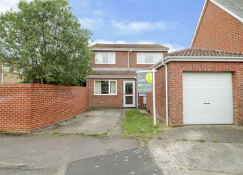 Thumbnail 4 bed detached house for sale in Furze Crescent, Alresford