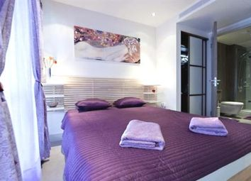 Thumbnail 1 bed flat to rent in 167 Latymer Court, Hammersmith Road, London
