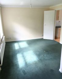 Thumbnail Studio to rent in Green Ride Close, Bramshill, Hook, Hampshire
