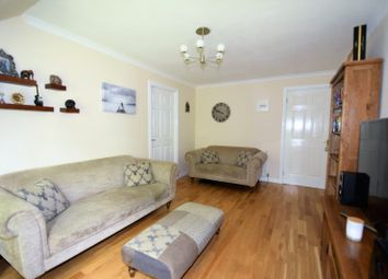 Thumbnail 2 bedroom flat for sale in 16 Hurlethill Court, Flat 1/1, Crookston
