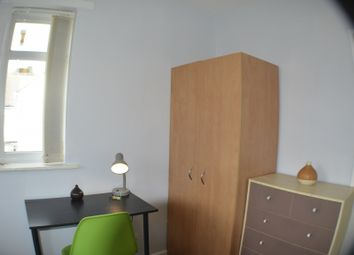 Thumbnail Room to rent in Ringmer Drive, Manchester