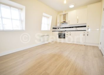 Thumbnail 1 bed flat to rent in Holloway Road, Archway, Tufnell Park, Holloway, London