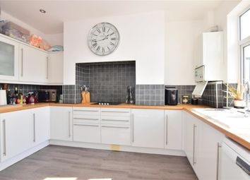 3 bed maisonette for sale in Snakes Lane, Woodford Green, Essex IG8