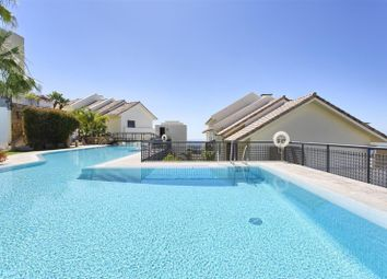 Thumbnail 3 bed apartment for sale in Los Monteros, Andalucia, Spain
