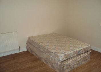 Thumbnail Room to rent in Morley Road, Doncaster