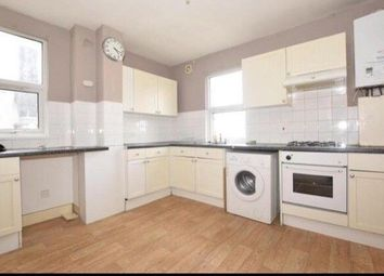Thumbnail Room to rent in Green Lane, Thornton Heath, Surrey