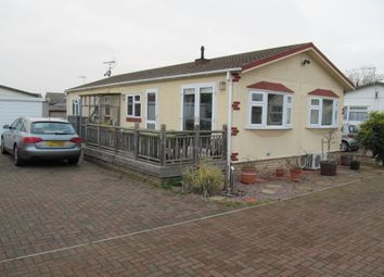 Thumbnail 2 bedroom mobile/park home for sale in Rozel Court, Beck Row, Mildenhall, Bury St Edmunds, Suffolk