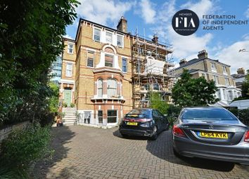 2 bed flat to rent in Mattock Lane, London W5