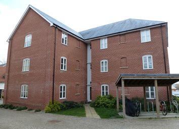 Thumbnail 2 bed flat to rent in Groves Close, Colchester, Essex