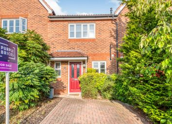 2 bed terraced house for sale in Leonardslee Crescent, Newbury RG14