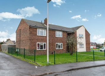 Thumbnail 2 bed flat for sale in Mount Road, Thatcham