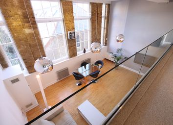 Thumbnail 1 bed flat to rent in Priory Grove School, Priory Grove, Battersea, London