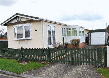 Thumbnail 2 bedroom mobile/park home for sale in New Road, Ashfield Park, Scunthorpe