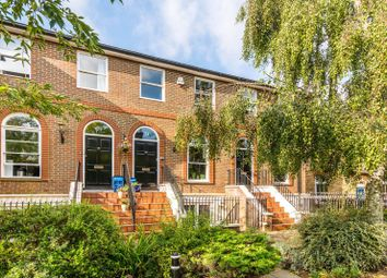 Thumbnail 1 bed flat for sale in King George Square, Richmond Hill