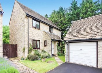 Thumbnail 3 bed detached house for sale in Donnington Close, Witney