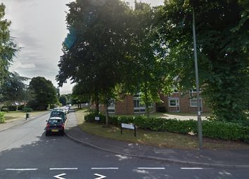 Thumbnail 2 bed flat to rent in Heathside, Weybridge, Surrey
