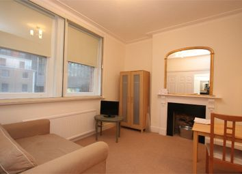 Thumbnail 1 bed flat to rent in Vauxhall Bridge Road, London