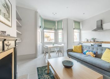 1 bed flat for sale in Cornwall Crescent, Notting Hill, London W11