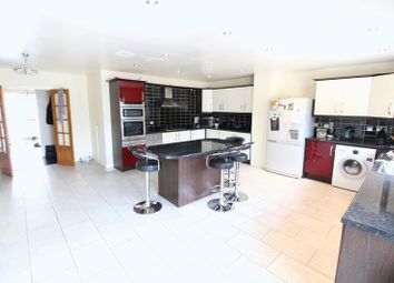 Thumbnail 5 bedroom detached house for sale in Enderby Road, Luton