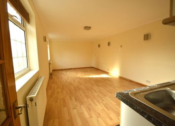 Thumbnail Studio to rent in Sutton Hall Road, Heston, Hounslow