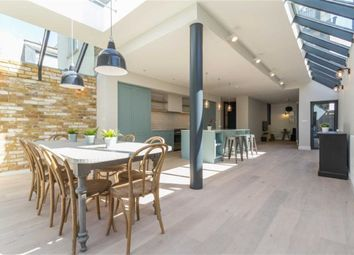 Thumbnail 6 bed terraced house to rent in Julian Avenue, London