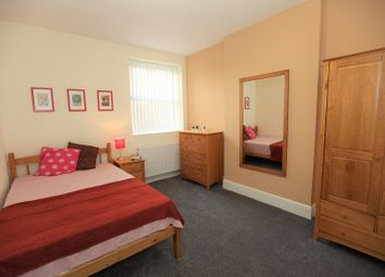 Thumbnail Room to rent in Cole Street, Prenton CH43, Prenton,