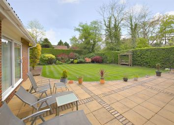 Thumbnail 3 bed bungalow for sale in Oaklands Lane, Arkley, Barnet