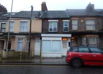 Thumbnail 2 bed flat to rent in Dallow Road, Luton