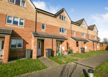 Thumbnail 2 bed town house for sale in Glen Vale, Dronfield Woodhouse, Derbyshire