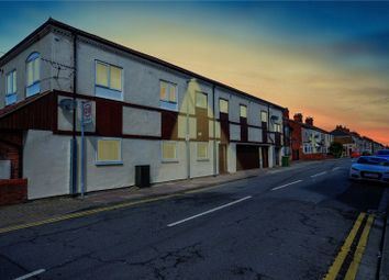 Thumbnail 1 bed flat for sale in Wellington Court, Grimsby, N E Lincolnshire
