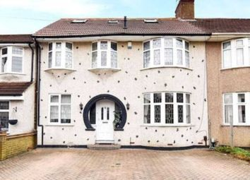 Thumbnail 6 bed detached house to rent in Norfolk Gardens, Bexleyheath
